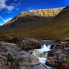 Schottisches Hochland – karge Klippen, kurze Kilts